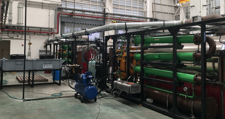Mobile units for plasma pyrolysis and plasma fractionation for produce fuel PLAZARIUM MPS